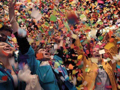 party-celebration-confetti